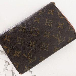 Louis Vuitton Bags - Authentic Louis Buitton full size Wallet